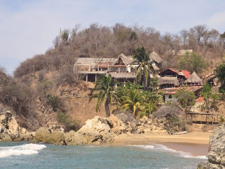 Bucht in Zipolite, Mexiko - Über Uns | QUERIDO MUNDO