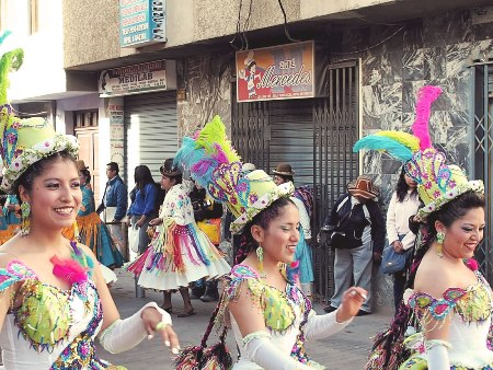 Tänzerinnen - Über Uns | QUERIDO MUNDO