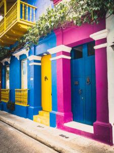 Reisefotografie Urlaubsfotos Tipps | bunte Häuser