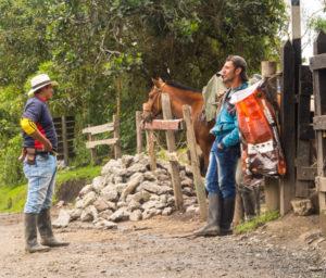 Gruppenreisen für Alleinreisende & Erlebnisreisen I 7 Gründe Kolumbien Sicherheit auf Wanderung