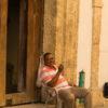 Gruppenreisen für Alleinreisende & Erlebnisreisen I Kolumbien Ablauf freundlicher Einheimischer in Cartagena