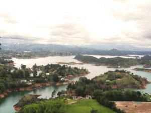 Gruppenreisen für Alleinreisende & Erlebnisreisen | Tagesausflug Guatape