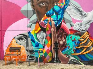 Gruppenreisen für Alleinreisende & Erlebnisreisen I Kolumbien Ablauf Tag 10 Street Art Tour durch die Comuna 13 in Medellin