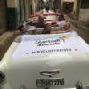 Querido Gruppe voller Vorfreude auf Oldtimer-Fahrt durch Havanna auf Kuba - Gruppenreisen für Alleinreisende & Erlebnisreisen | QUERIDO MUNDO