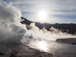 Gruppenreisen für Alleinreisende I Anden fauchende Geysire in der Atacamawüste
