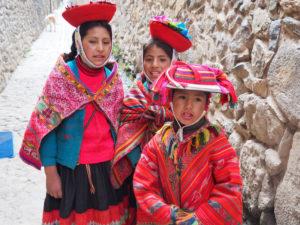 Gruppenreisen für Alleinreisende I Anden Zusammentreffen mit indigenen Menschen in Cusco