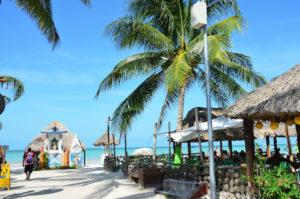 Gruppenreisen für Alleinreisende I traumhafter Strand auf der Isla Holbox