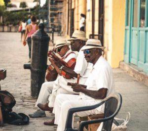 Musik - 10 interessante Fakten über Kuba   QUERIDO MUNDO - Gruppenreisen nach Lateinamerika